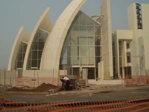 Chiesa dives in misericordia dell' architetto richard meier nel